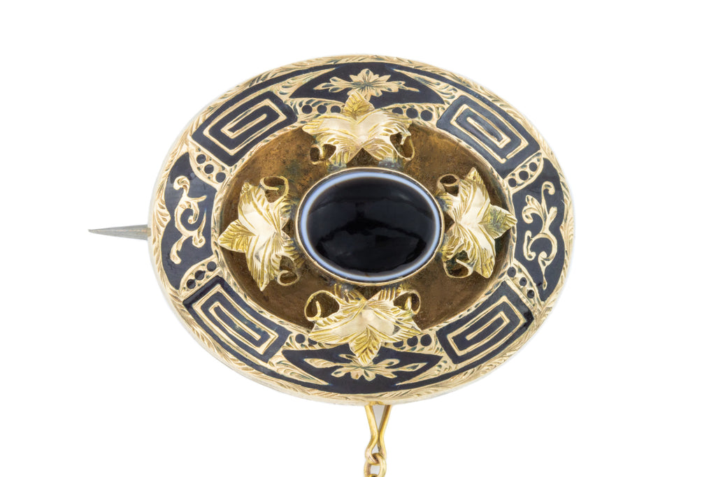 Black Enamel Antique Banded Agate Mourning Brooch in 9ct Gold