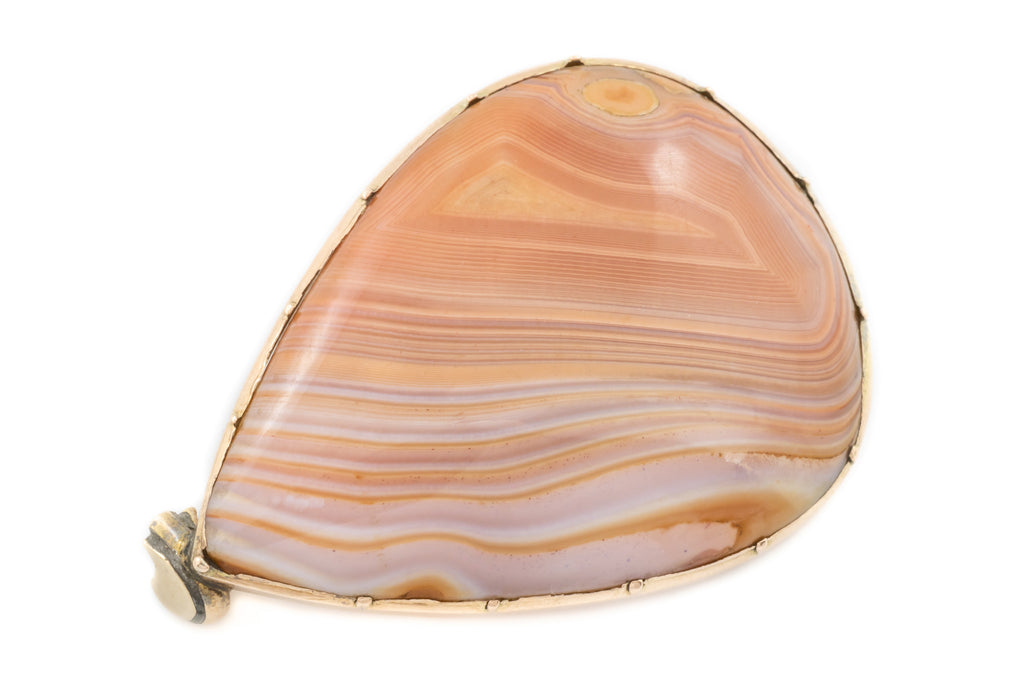 Georgian 14ct Gold Pink Agate Brooch