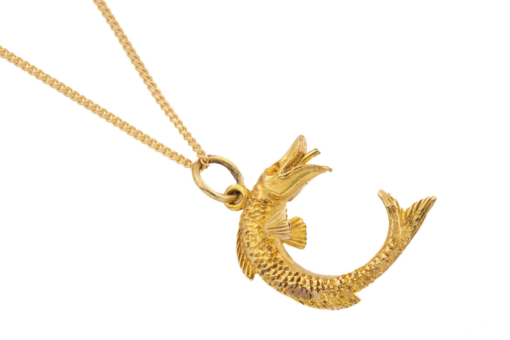"Gold Pisces Pendant with 16"" Chain"