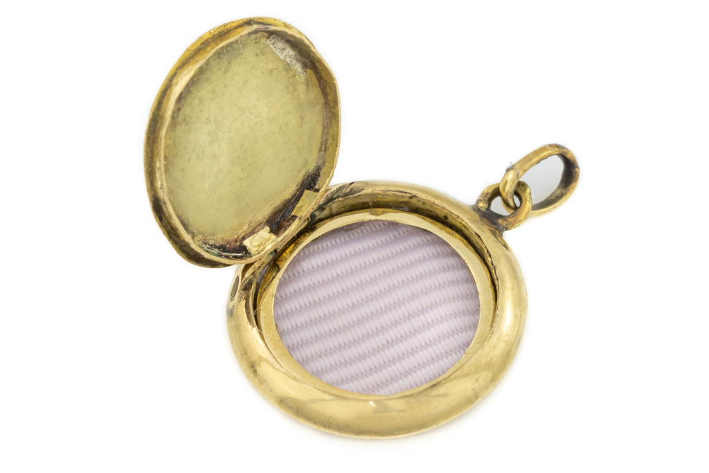 Victorian 15ct Gold Black Enamel Locket