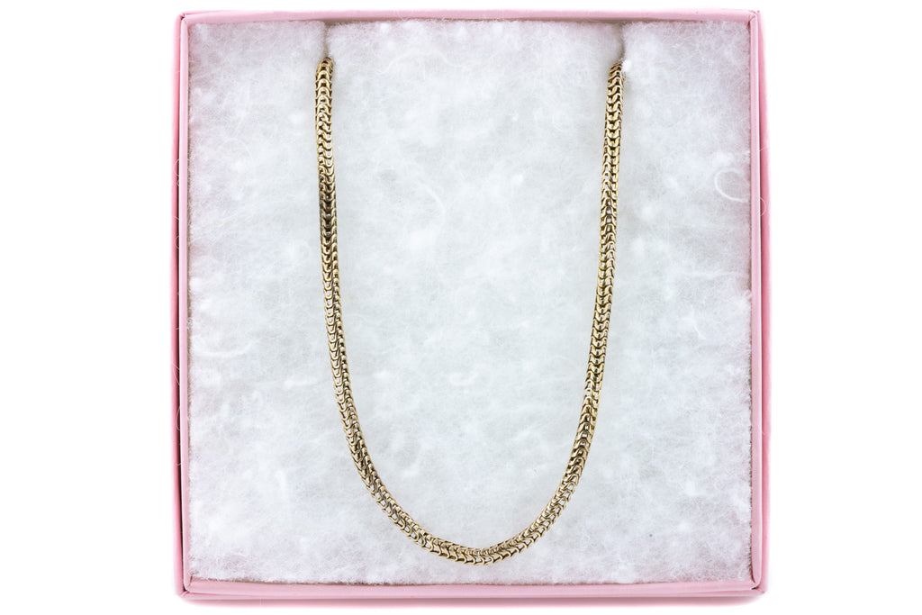 "Antique Gold Snake Chain, 17 & 6/8"" (10.1g)"