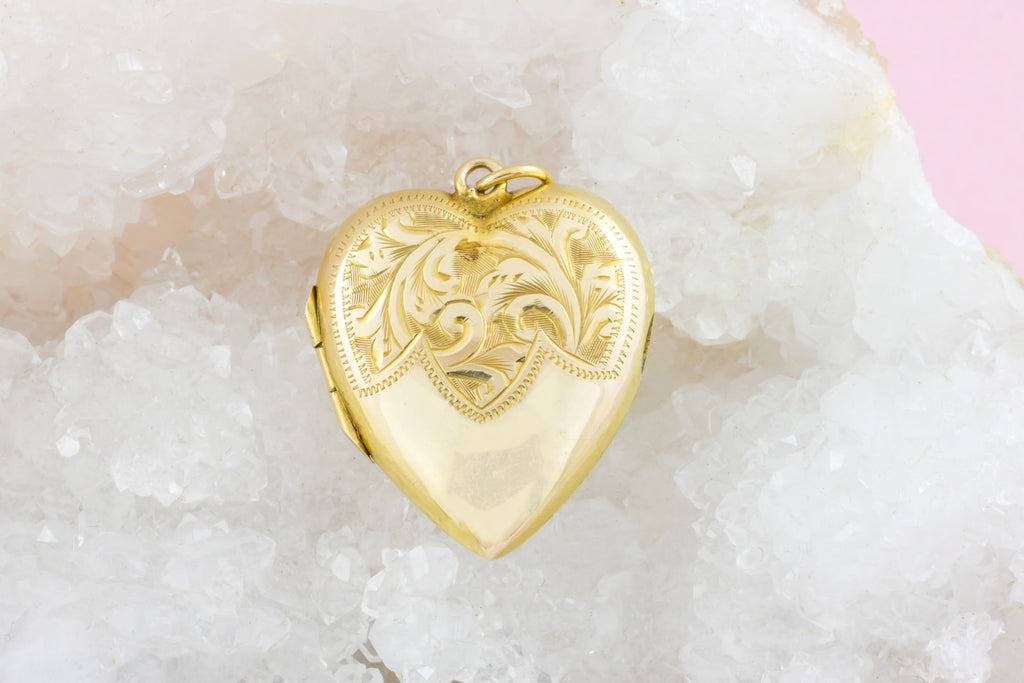 Edwardian Heart Locket with Swirling Tendrils