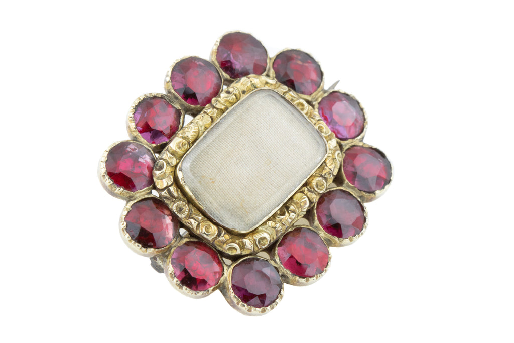 Victorian 9ct Gold Garnet Paste Brooch