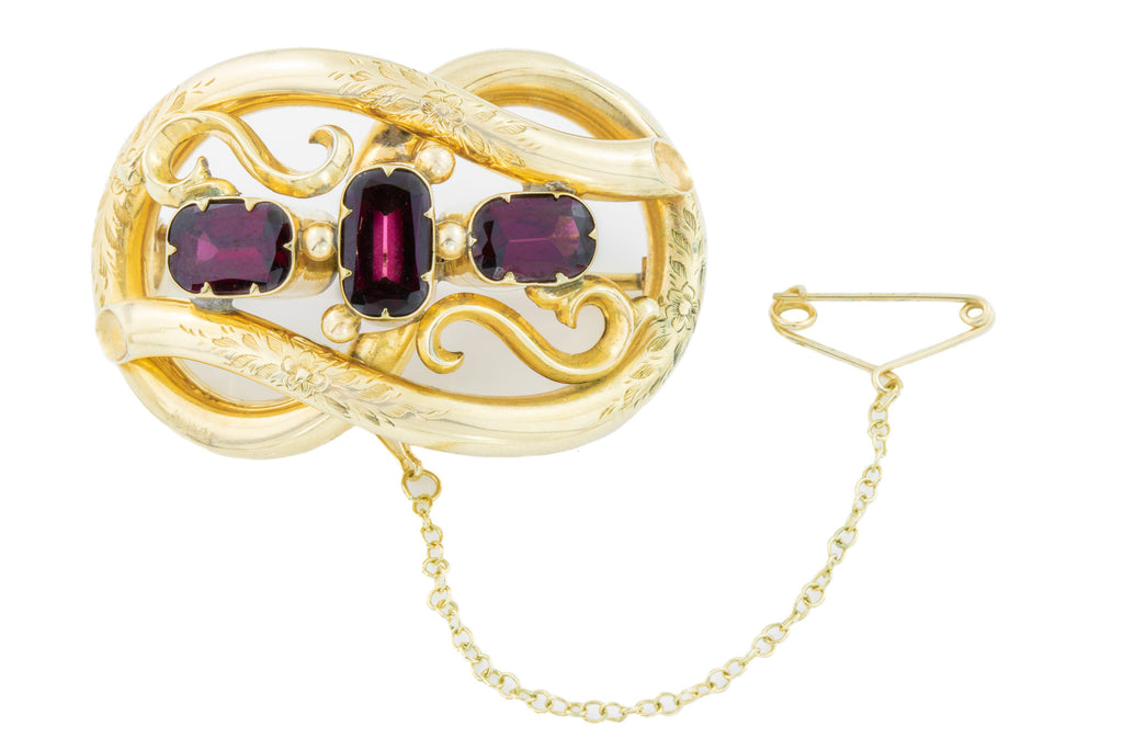 9ct Gold Garnet Brooch