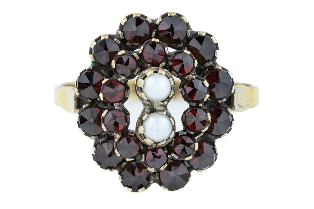 Antique Garnet and Pearl Cluster Ring (2.19ct)