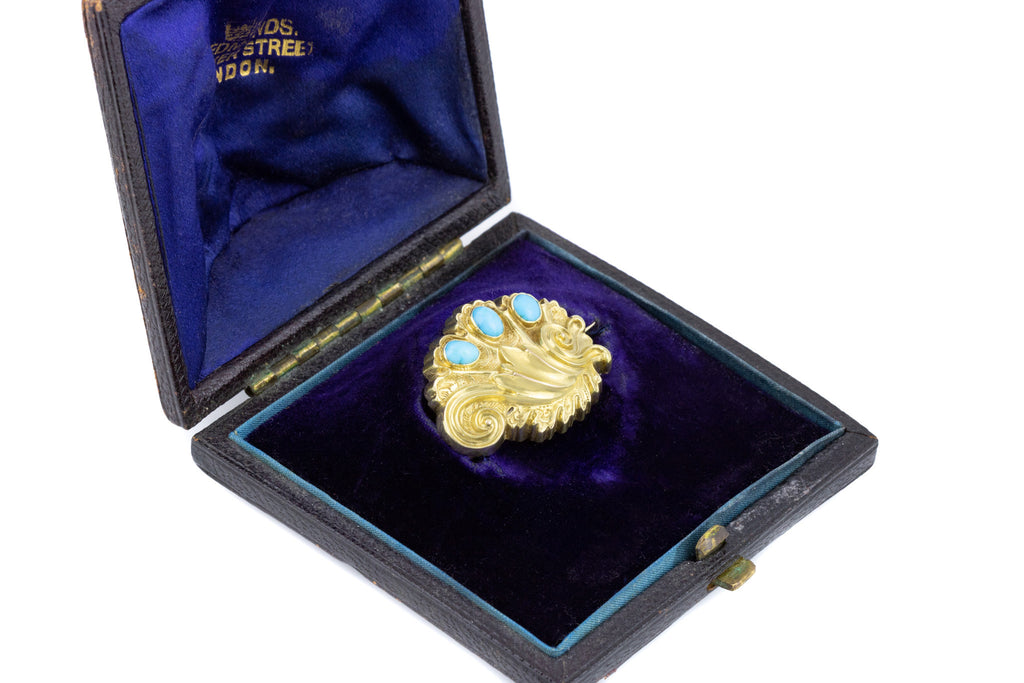 Antique 15ct Gold Clam Shell Brooch, with Original Box