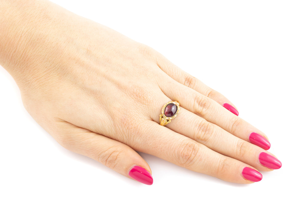 15ct Gold Georgian Cabochon Garnet Ring