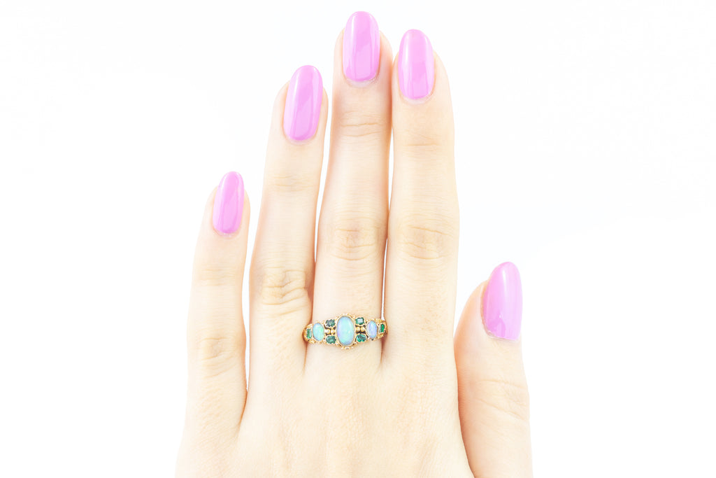 Georgian 15ct Gold Emerald Opal Ring