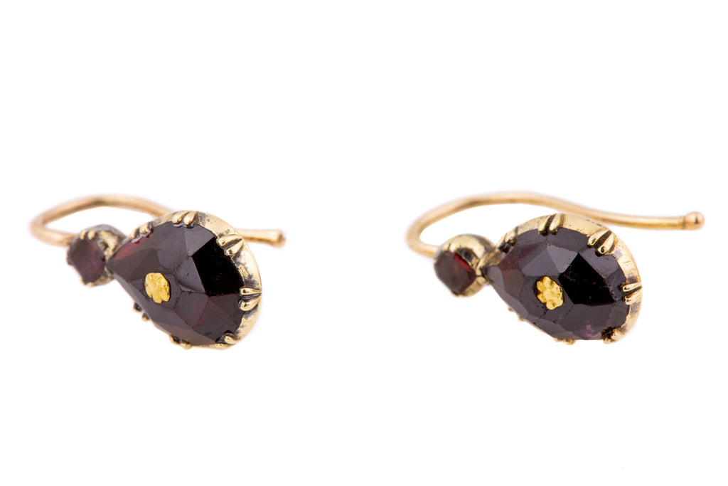 Georgian Perpignan Garnet Earrings