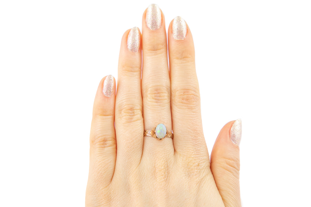 Antique Gold Opal Solitaire Ring, (0.98ct)