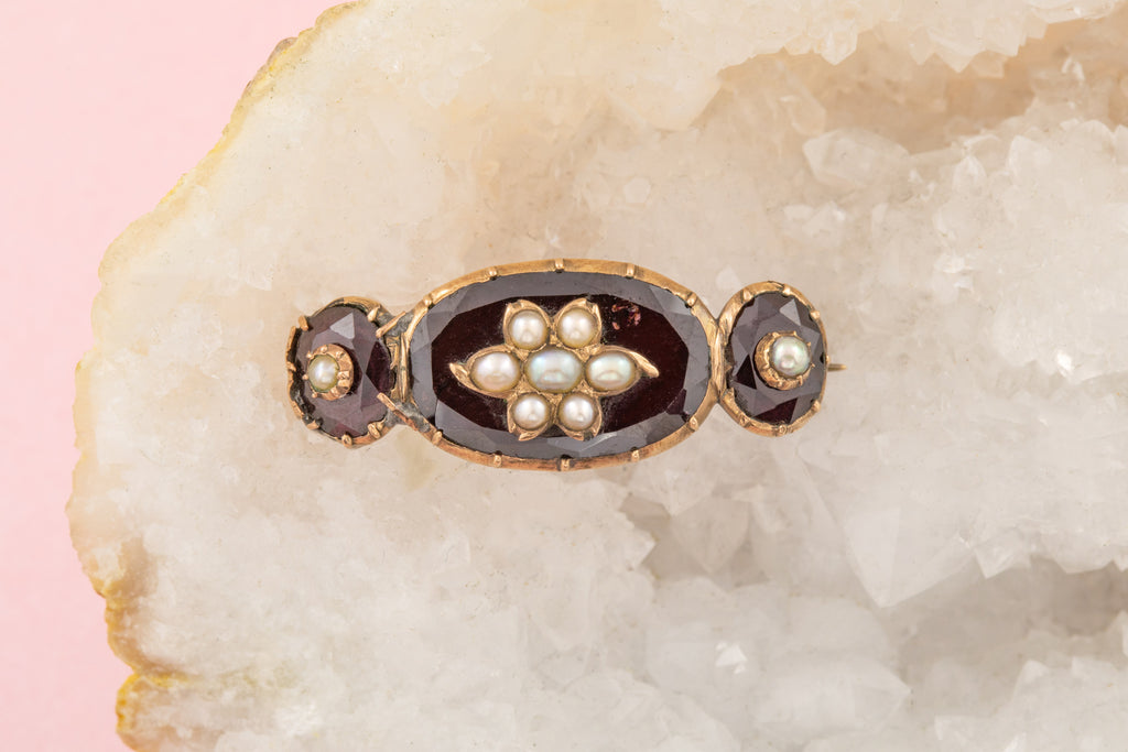 Georgian 12ct Rose Gold Garnet Pearl Brooch