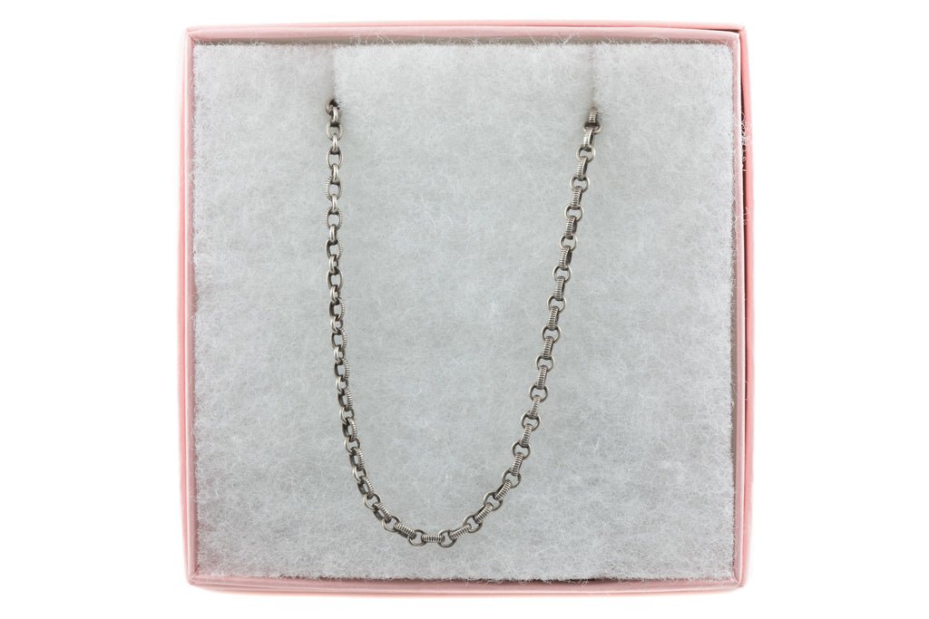 "Antique French Silver Textured Chain, 24"" (12.8g)"