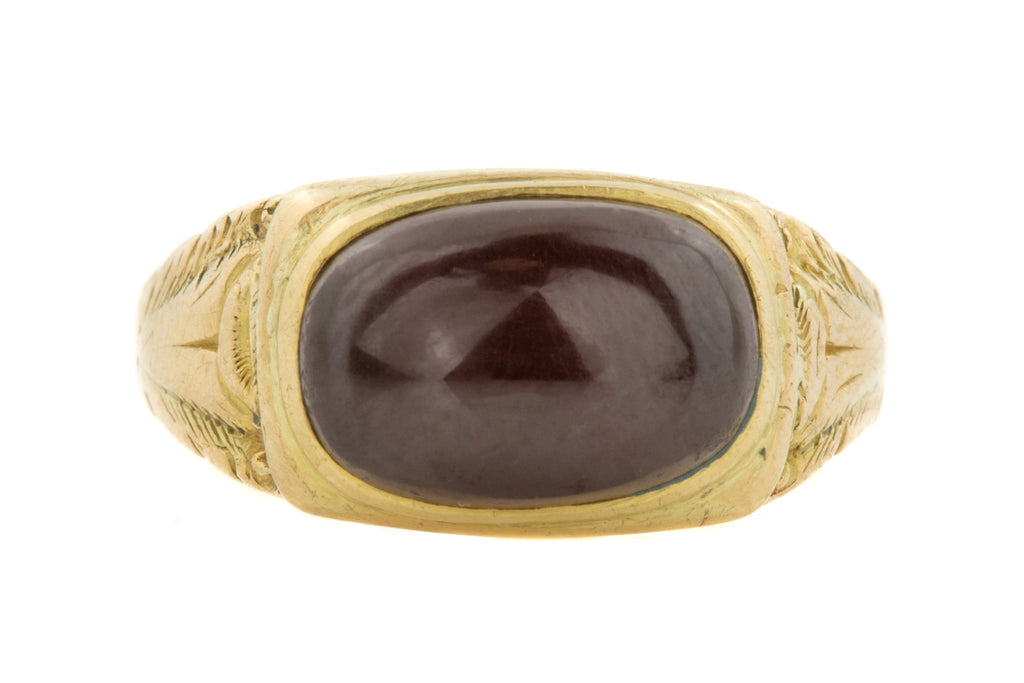 Rare Georgian 18ct Gold Garnet Cabochon Ring (2.11ct) c.1832