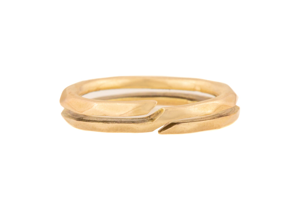 Antique Gold Faceted Split ring (13mm)