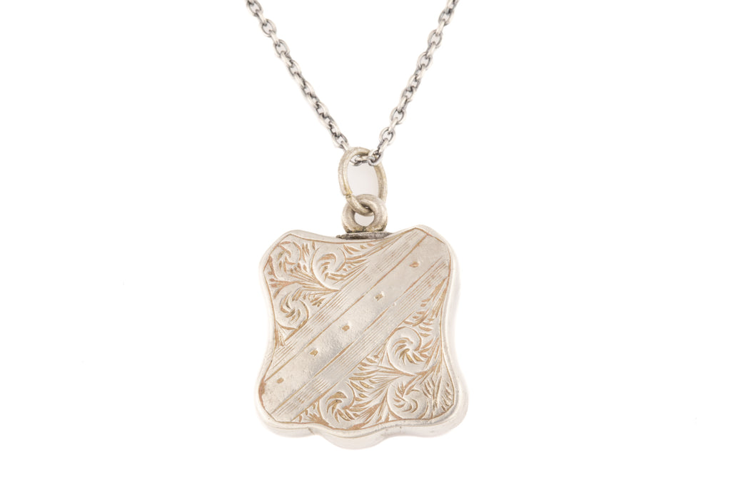 "Victorian Silver Agate Pendant, with 16""-18"" Chain"