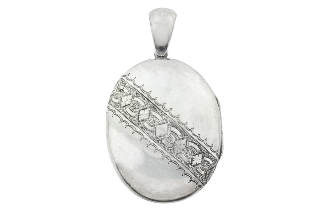 Edwardian Silver Locket c.1900
