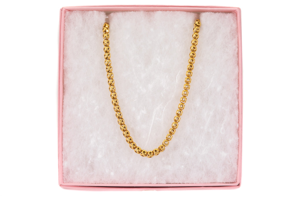 "Antique Gold Star Pierced Box Chain, 24"" (15.9g)"