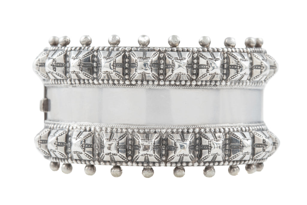 Rare Victorian Silver Studded Bangle, c.1882 (53.8g)