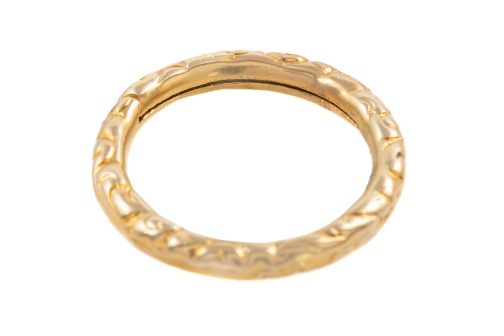 Georgian 9ct Gold Engraved Split Ring (18mm)