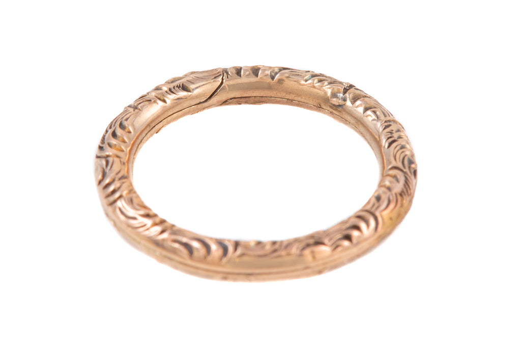 Georgian 9ct Gold Engraved Split Ring (15mm)
