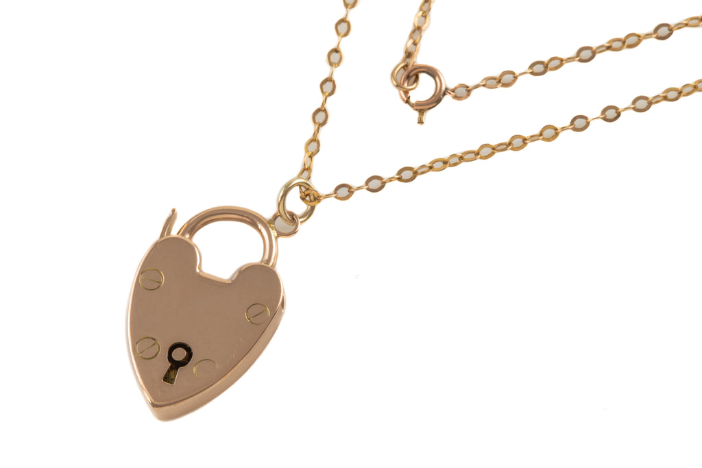 "Victorian Gold Heart Padlock, with 17 & 1/2"" Chain"
