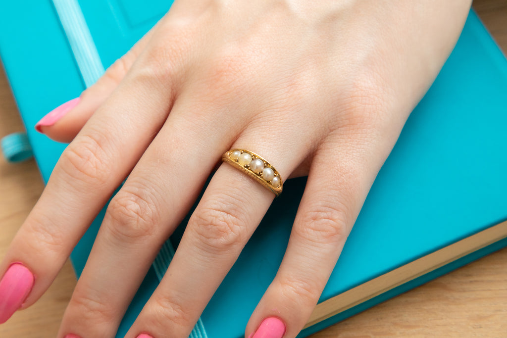 Antique 18ct Gold Pearl Court Ring