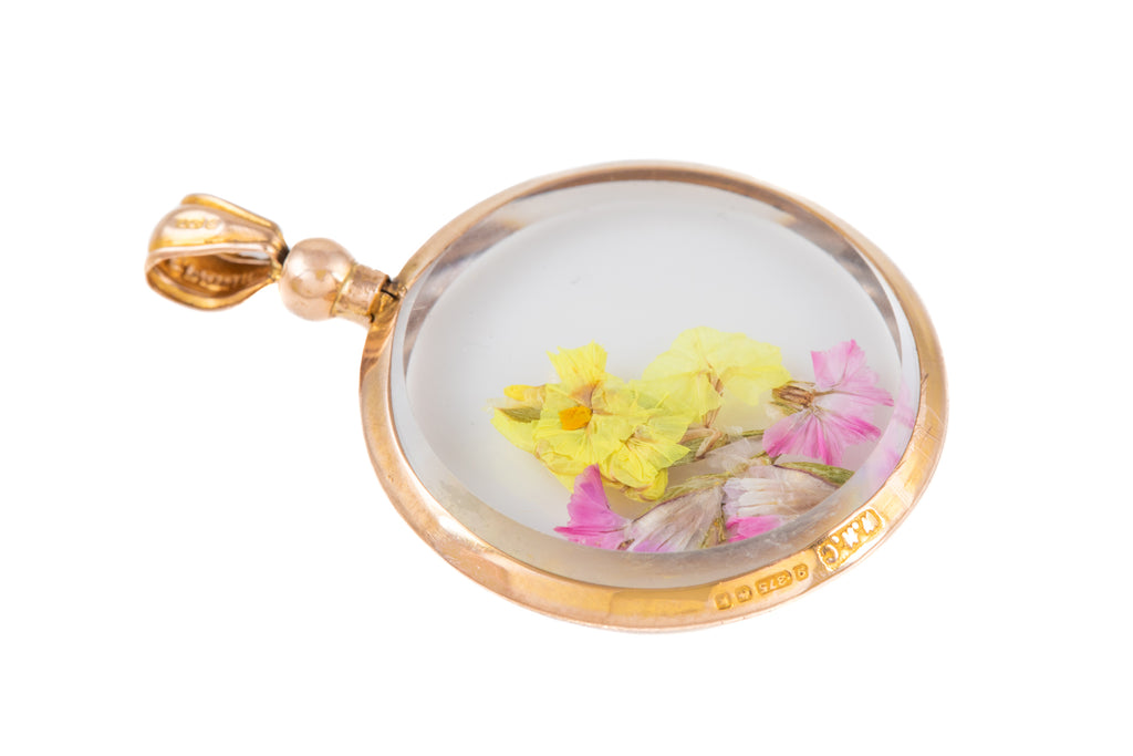 Edwardian Gold Locket with Pressed Flowers, c.1909