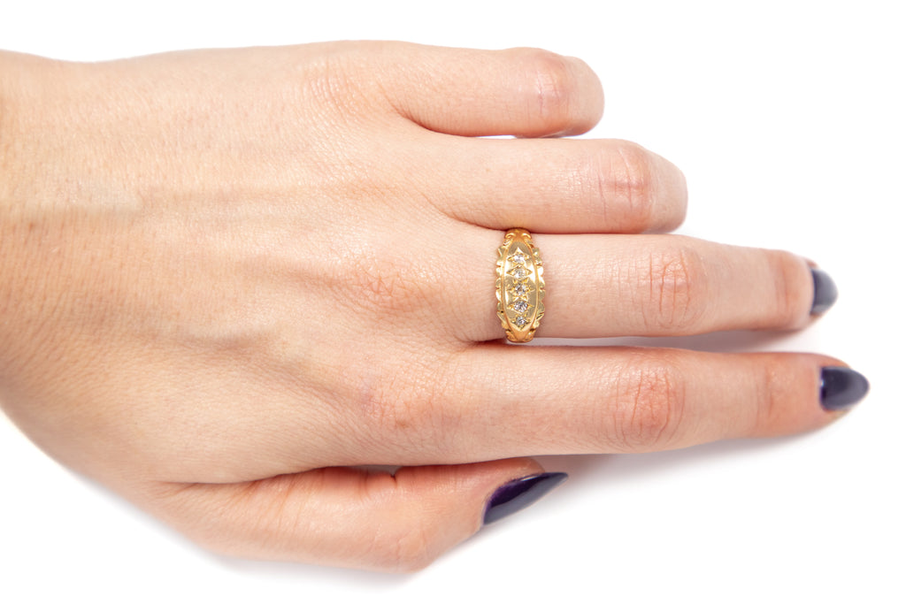 Edwardian 18ct Gold Five Stone Diamond Gypsy Ring, c.1904