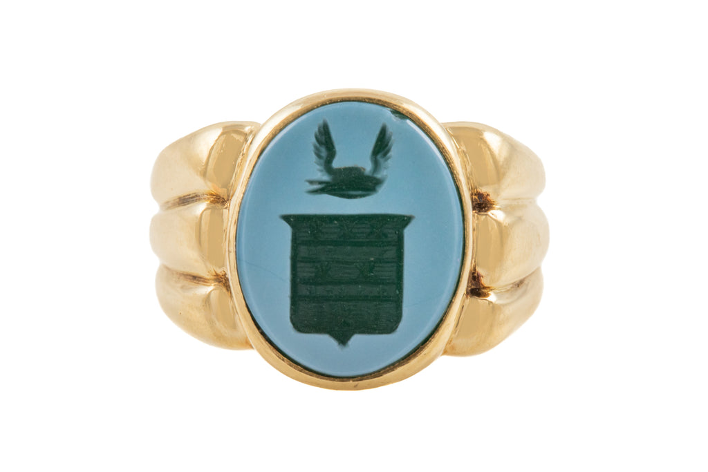 Victorian 18ct Gold Agate Intaglio Signet Ring
