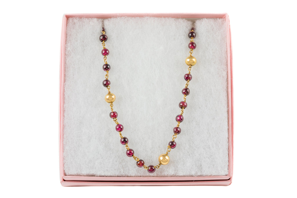 "18ct Gold Garnet Bead Necklace, 28 & 3/4"" (24.7g)"