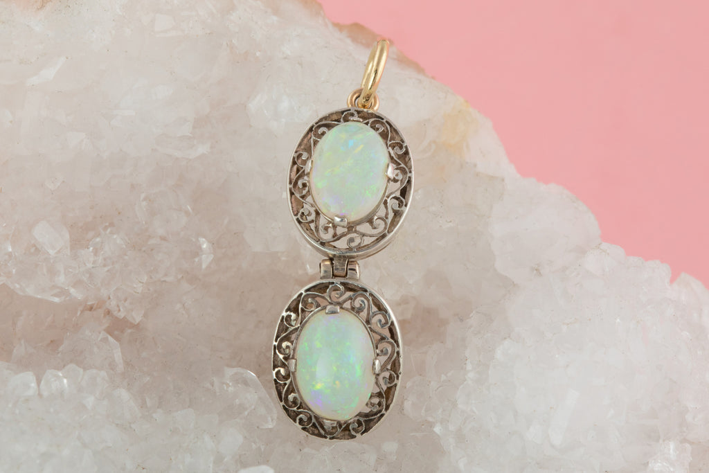 Art Deco Silver Opal Drop Pendant (1.05ct)
