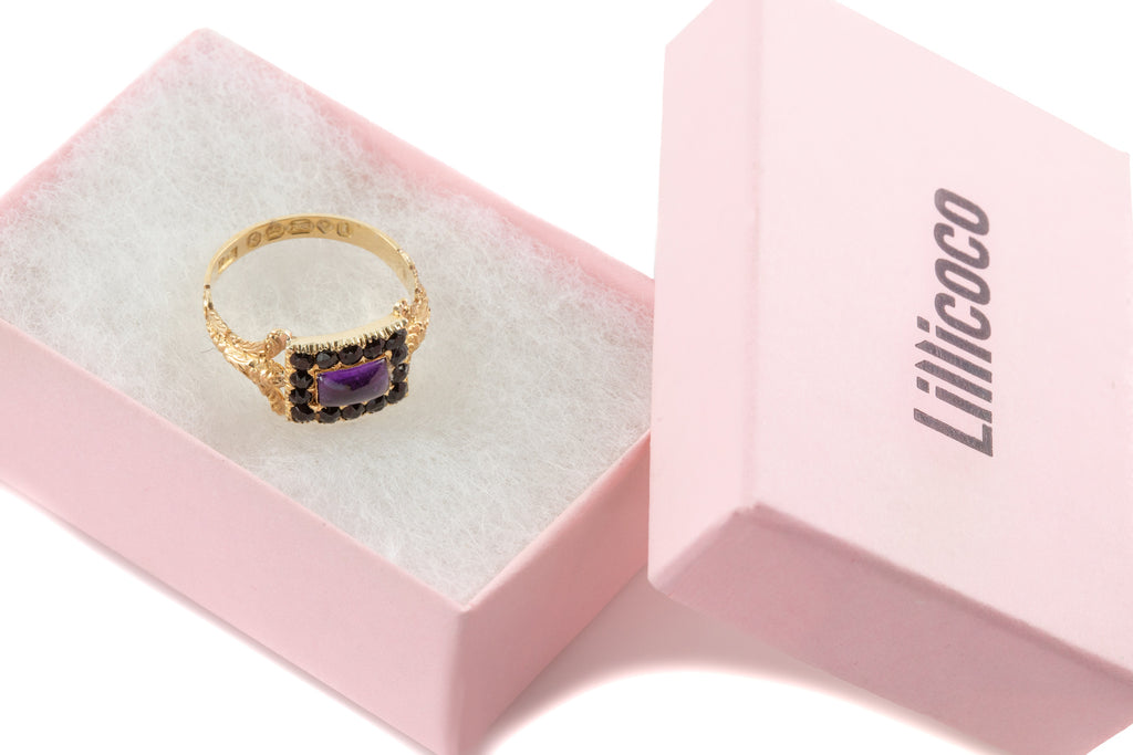 Rare Georgian 18ct Gold Amethyst Jet Ring, (0.40ct), c.1824