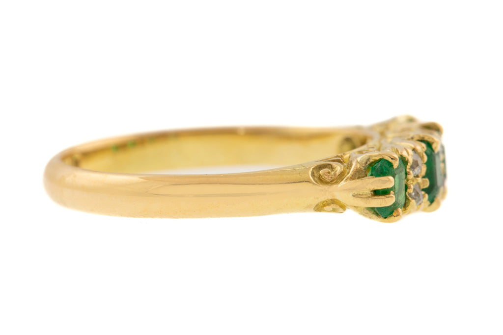 Edwardian 18ct Gold Emerald Diamond Cluster Ring