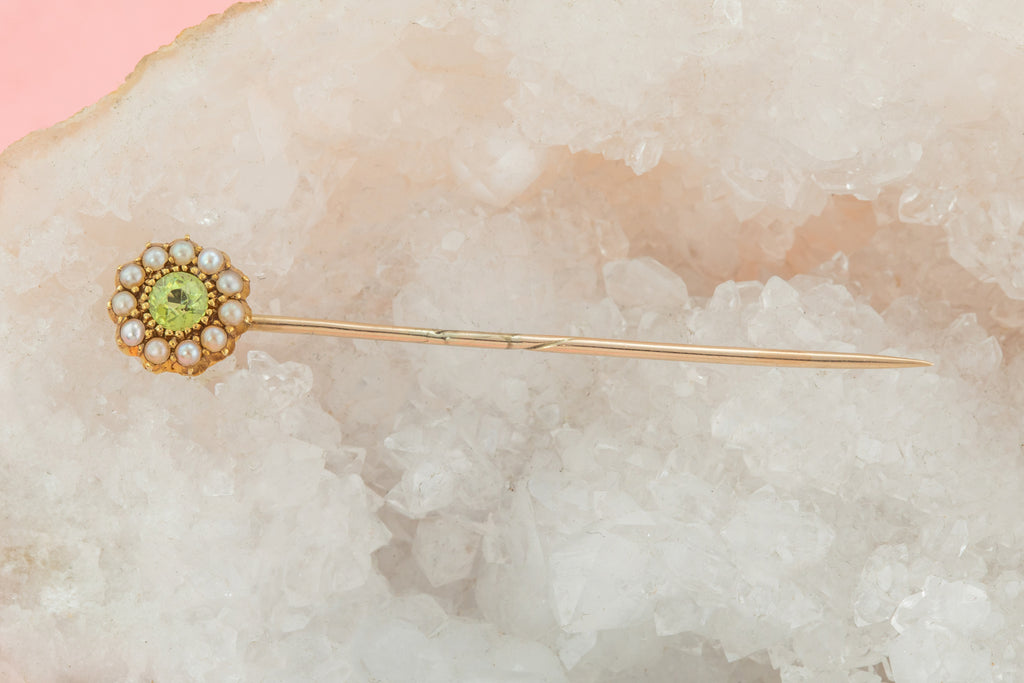 Edwardian 15ct Gold Pearl Peridot Stick Pin, (0.16ct)
