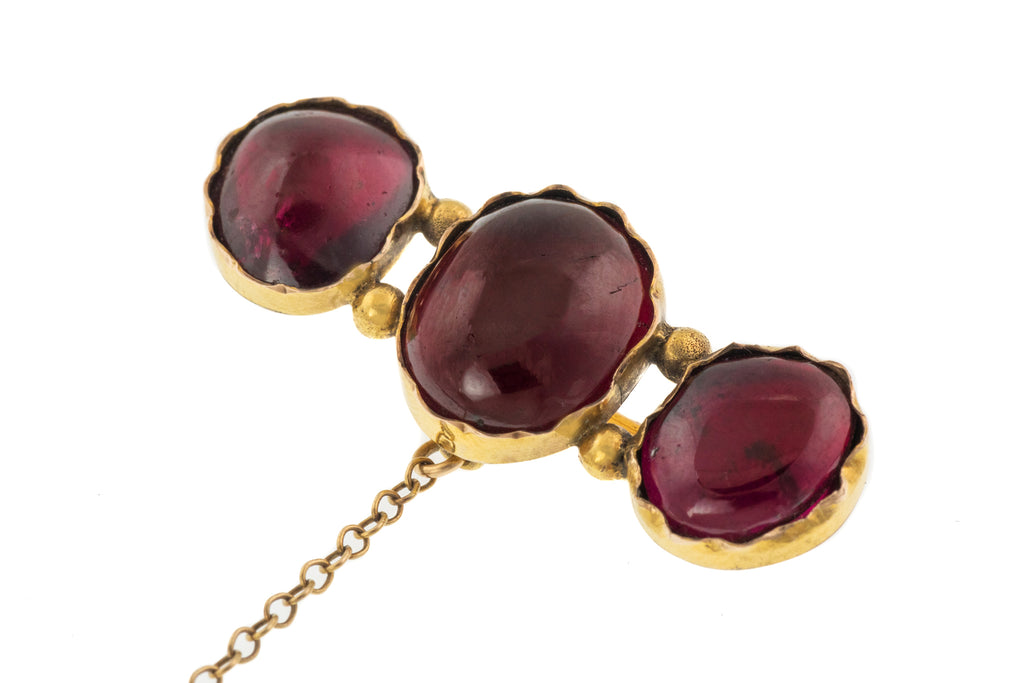 Victorian 12ct Gold Garnet Brooch, (18.80ct)