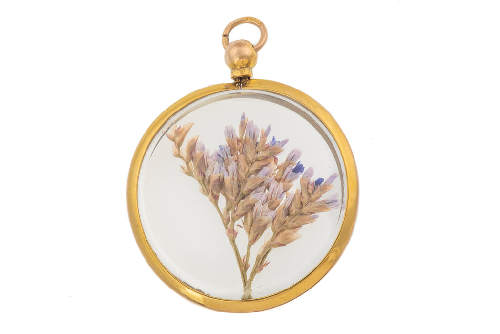Edwardian 9ct Gold Pressed Flower Locket, c.1907