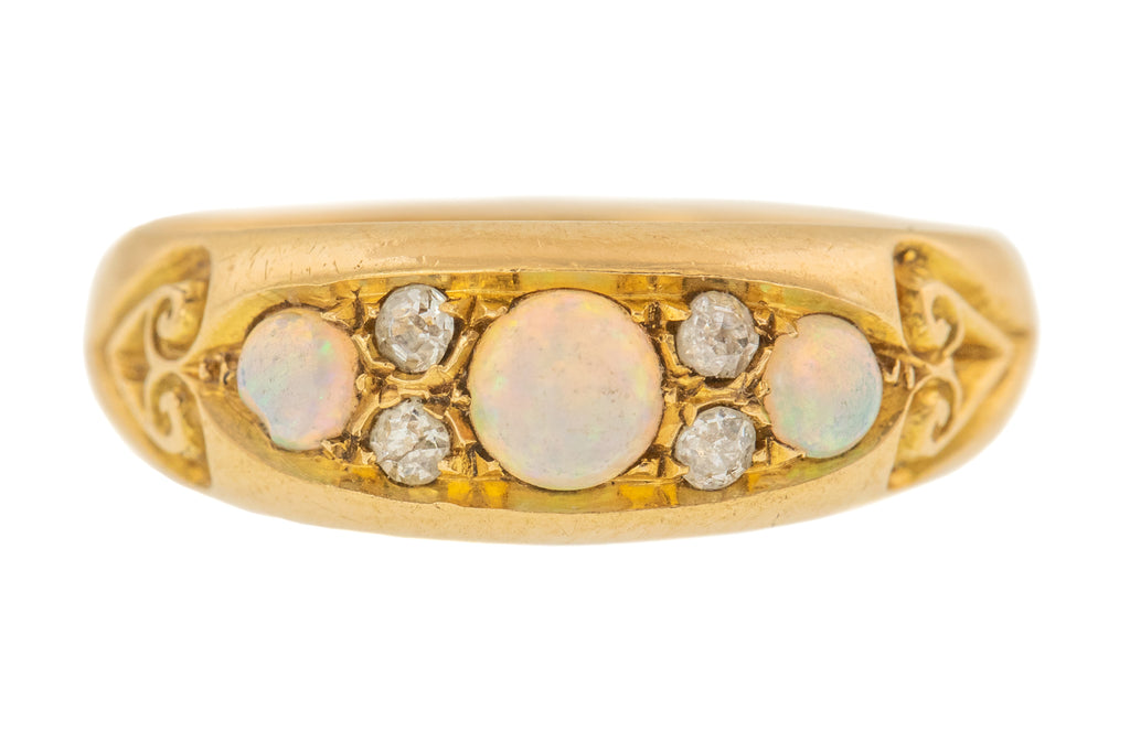 Edwardian Opal Diamond 18ct Gold Ring, c.1913