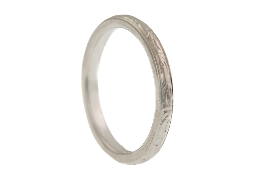 Chunky Art Deco Platinum Wedding Band, (4.2g)