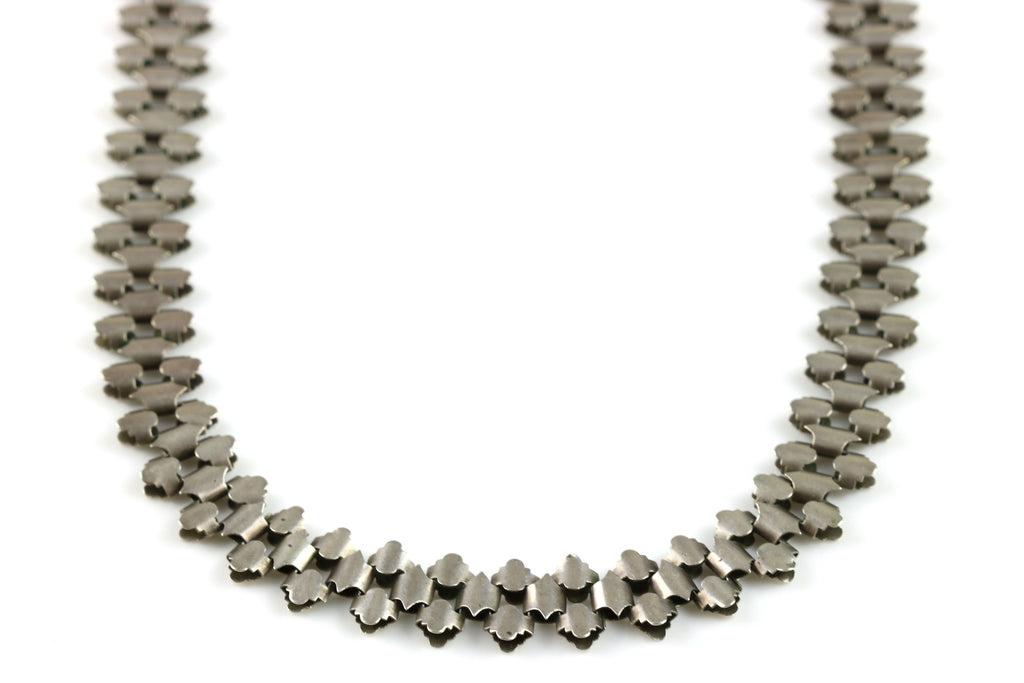 Stylish Victorian Silver Book-Chain Necklace - c1800