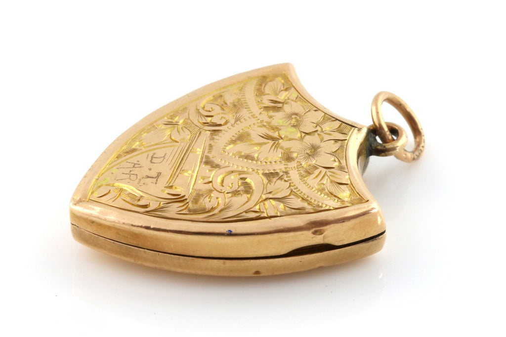 Solid 9ct Gold Edwardian Locket c.1906