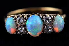 Exceptional Antique 18ct Gold Opal & Diamond Ring - c.1905