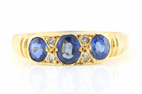Superb 18ct Gold Antique Sapphire and Diamond Ring c.1800s