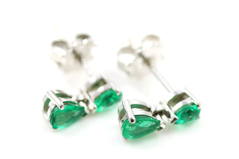Stunning Emerald Teardrop Earrings - Lillicoco - 1