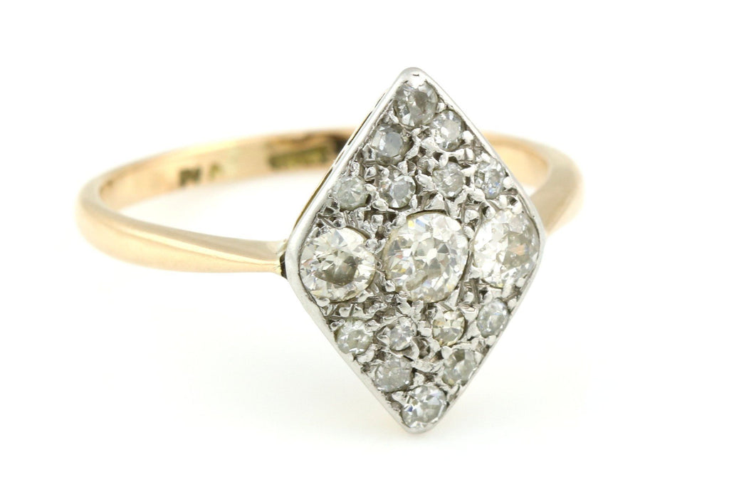 Splendid 18ct Gold Art Deco Diamond Cluster Ring (0.60ct) - c.1920