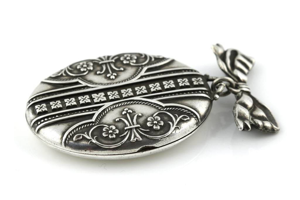 Charming Victorian Aesthetic Silver Locket (with Brooch Attachment ) - c.1876