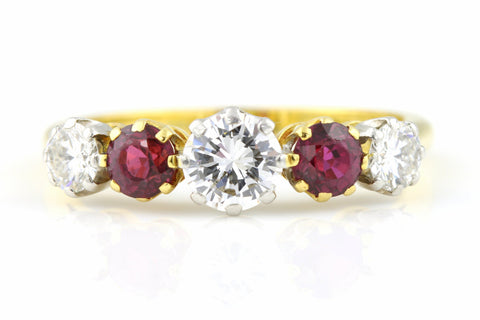 Vintage Diamond & Ruby 5 Stone Ring - 18ct Gold