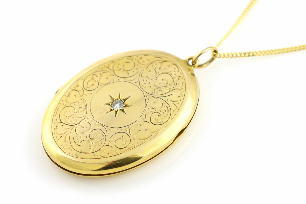 Beautiful Vintage 9ct Gold Diamond Locket, with 18