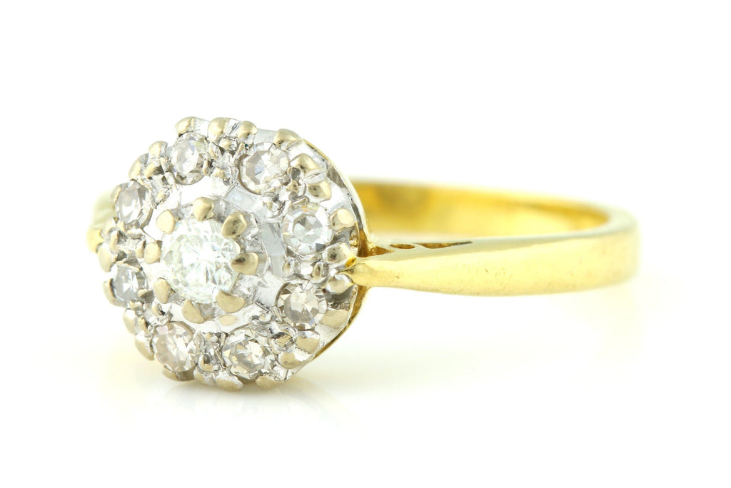 Gorgeous Vintage 18ct Gold Diamond Cluster Ring -c.1964
