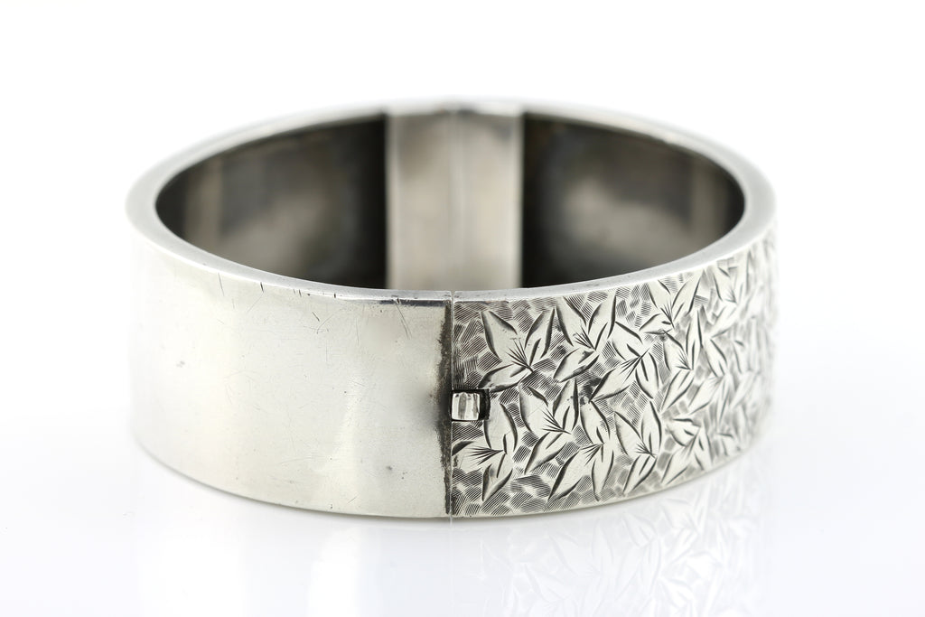 Victorian Aesthetic Silver Bangle with Ivy Leaves - c.1884