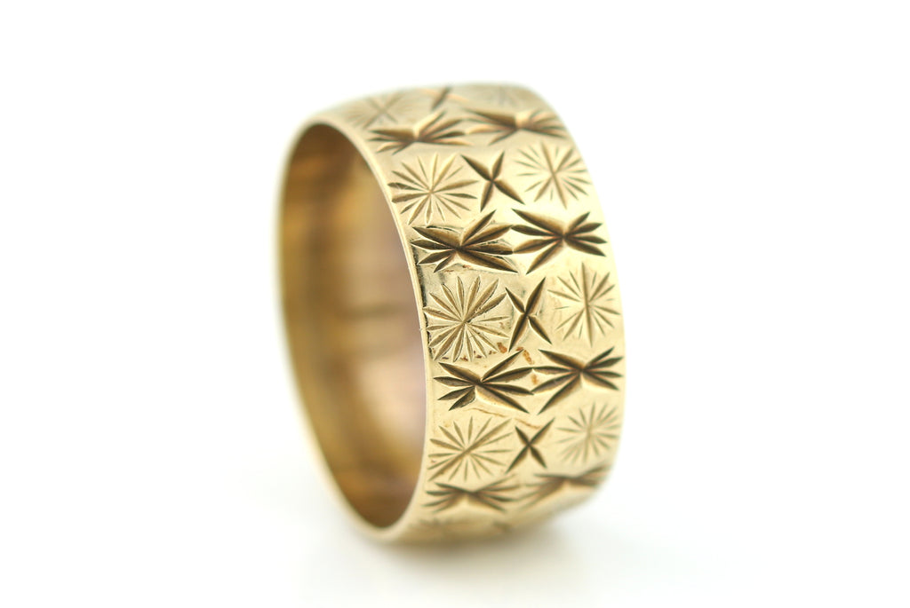 Gold Wedding Band Star Pattern c.1985